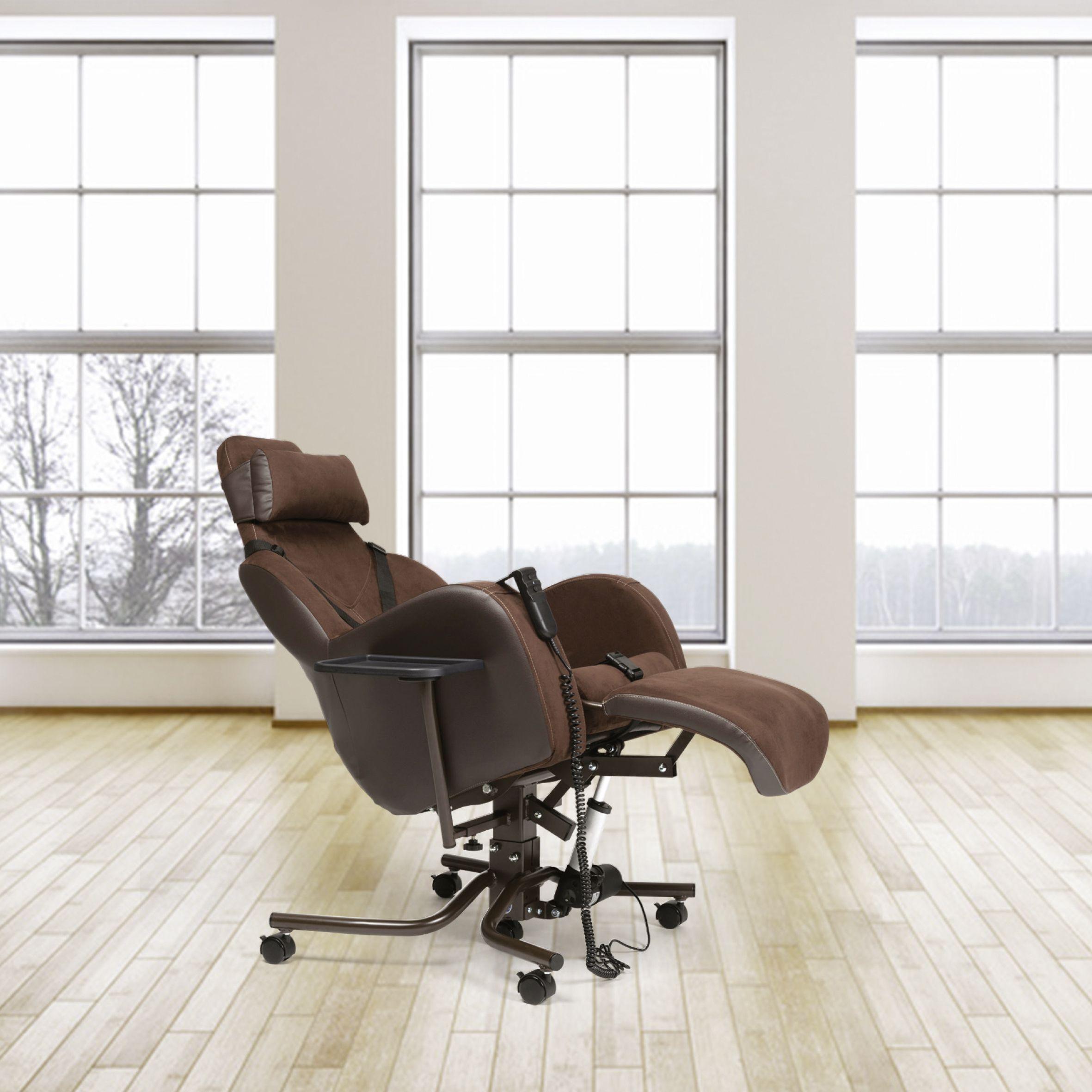 Le fauteuil coquille, soutien efficace pour personnes affaiblies